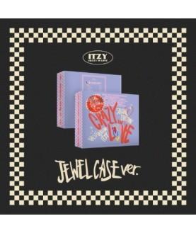ITZY - The 1st Album [CRAZY IN LOVE] (Special Edition) (PHOTOBOOK Ver.) (JEWEL CASE Ver.)